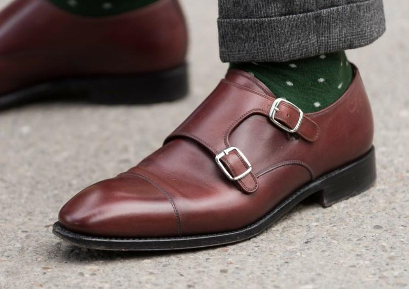 Как выбрать себе кожаную обувь по материалу и цвету?
